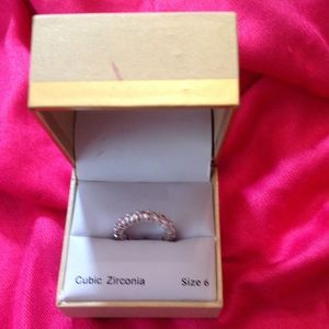 Chatter Club Cubic Zirconia Ring Size 6